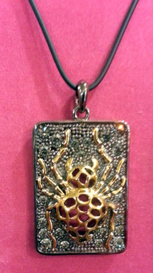 Necklace Ladybug web